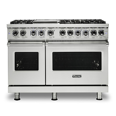 "VIKING<sup>&reg;</sup> 48"" Gas Range - This Viking<sup>&reg;</sup> Be a professional chef in your own home with this Viking<sup>&reg;</sup>  gas range. Professional 5 series sealed burner gas range offers classic style and exceptional function.  Pro Sealed Burner system offers precision control to all burners. Inside the oven, there is a combined power of a 30,000 BTU u-shaped burner and 1500°F GourmetGlo™ infrared broiler."